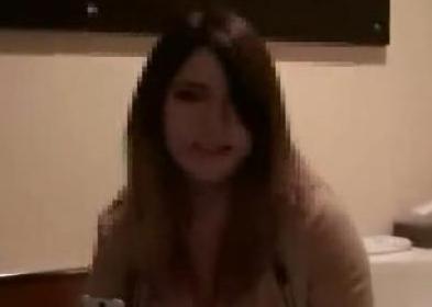 ユイちゃん 19歳 顔出し、モザイク薄