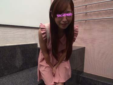 ◆フルHD 高画質 超マニアック動画◆オシッコを我慢する女の一部始終【梨奈 20歳】