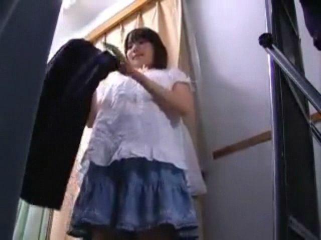 【熟女激イキ】巨乳の熟女の激イキ露出セックスプレイエロ