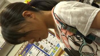 【フルHD】リアル胸チラハンターvol.736