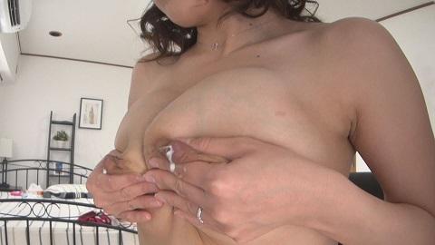 【母乳リクエスト】Hカップの乳頭から滴り出る卑猥な母乳を揉みまくり(完全オリジナル)