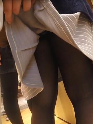 【フルHD】靴カメ君が行くPart194【黒パンスト手撮りめくりあり編】