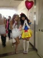【第3弾プレゼント!!500枚】ピチピチのミニスカ制服姿の日常生活!!セット販売3