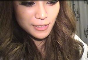 現役キャバ嬢23歳の自撮ウンコ[顔出し&アナル出し]