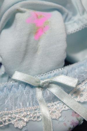★10月★同じ大学のかすみの部屋に侵入物色「下着&パンコキ」ぶっかけます。