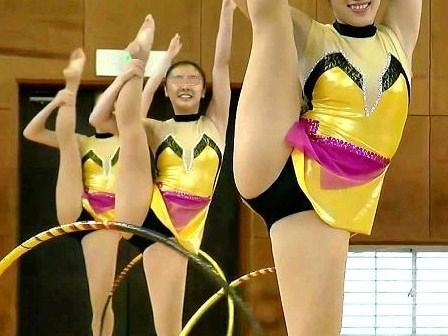 女子大生新体操パフォーマンス