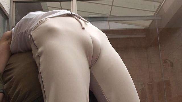 JPS着衣股間 モリマンヨガインストラクターのエロ過ぎストレッチと強制ブリッジ!マン土手・モリマン・恥丘編【フルHD】