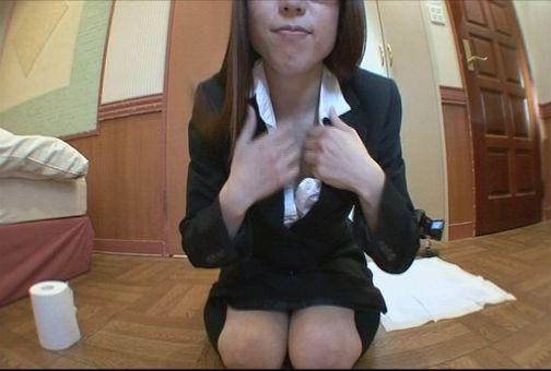 自画撮り この世でもっとも恥ずかしいうんち姿を自らカメラにさらすイカれた自画撮り娘! 10-1