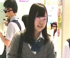 J〇逆さおぱんちゅ!04〜重ねパンツから覗くプリップリJ〇お尻〜