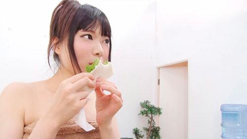 1+2セット【超かわいいのにブシュブシュのハメ潮がエロ過ぎる女!】
