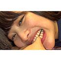 【噛みフェチ】すのっちの尖った犬歯が突き刺さる激痛噛みつき!(後編)【春原未来】
