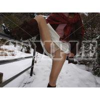 人妻パンスト露出&野外放尿VOl16〜冬の展望台
