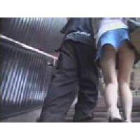 【覗き動画】Panty Voyeur/駅構内・ホームでスカートの中を追っかける・・・パンチラ逆さ撮り。