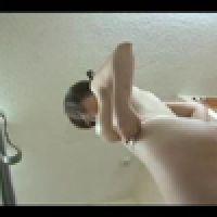 【覗き動画】奥様の着替えとシャワーを隠しカメラで覗きました・・・。