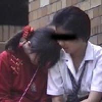 【覗き動画】School girlが、野外いちゃいちゃレズ・・・。