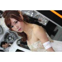 57 ミニスカドレス!激カワアイドル級美女(白)