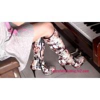 ブーツでピアノペダル踏み#30