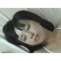 素人現役娘 ゆき 寝ている処女にエッチな悪戯 続編
