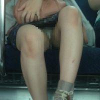 [無劣化FHD]電車からの風景〜かわいいお姉さんもP柄からシワ、クロッチまで見えてます(フルHD)