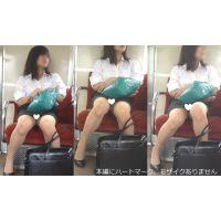 [無劣化FHD]電車からの風景〜美人就活生のパ○ツ常に見えてる上に膝を動かしてはっきり見せてくれてます(フルHD)
