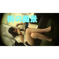 HD盗撮風[オリジナル]電車の私服ショートパンツJK?-2