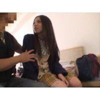 偽スカウトの二人組が女子校生を騙し撮ったやつ