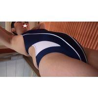 ★競泳水着のさやかちゃんのワキの下フェチ