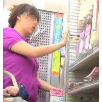 店内でお買い物中を頂く可愛いパンチュ履いてます【高画質パンチラ動画】601