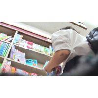 資格の本を見るロリ女の子を逆さ撮り【高画質パンチラ動画】515 重ね履き編