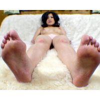 《足フェチ》40代 妖艶な熟女さんの足の裏