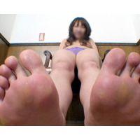 《足フェチ》20代 くすぐったがり屋のお姉さんの足の裏
