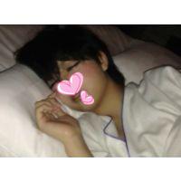 {A○B系・清純黒髪美少女}現役K_Haruruちゃん_○○歳・苺の夜。