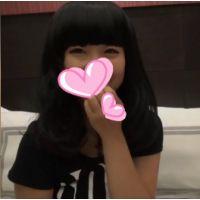 {天然系☆若い娘}yuiちゃん_コスプレ撮影と騙してホテルで…