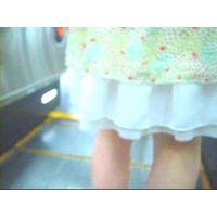 柄のパンチュ私服姿スカート美脚エスカレーター逆さ撮り【動画】ぐるぐる 008