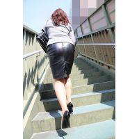レザースカート盗撮風01 02 セット販売
