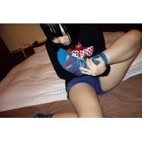人気再販!18歳卒業ほやほや「太ももで挟みましょうか?」まりちゃん私服靴下足フェチ写真集