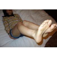 本物高校生「素足はベタベタしてます」ロリ系AKB可愛い系16歳りっちゃん素足編