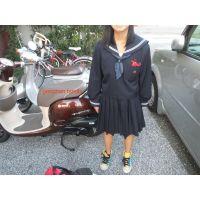 本物制服中学生「靴下脱いでもいいですよ」14歳みくちゃん足裏写真集