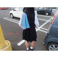 ギリシャ型本物制服高校生「制服で靴下脱ぐのって目立っちゃいますねっ」16歳ちかこちゃん足裏写真集
