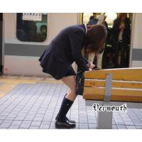 制服女の子の通学風景 006