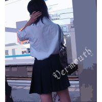 制服女子校生の通学風景 001と005セット販売