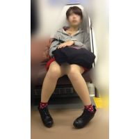 ハロウィンイベント帰りの可愛いミニスカ女子大生(其の二)