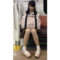 電車内のアイドル級に可愛いスタイル抜群の女子大生(前編)