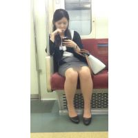 電車内の気が強そうなスーツ姿の美人OL(後編)