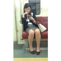 電車内の気が強そうなスーツ姿の美人OL(中編)
