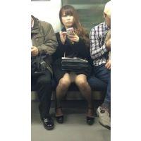 美脚を眺めるだけでもヌケる!電車内の美人キャバ嬢(後編)