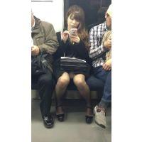美脚を眺めるだけでもヌケる!電車内の美人キャバ嬢(前編)