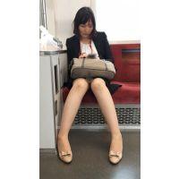 【セット販売】仕事に追われるスーツが似合うセクシー女子社員