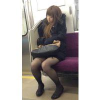 (後編)電車内の薄ストッキングの美脚おねえさん