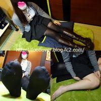 【写真集+おまけ動画】19歳女子大生のブーツで蒸れた黒タイツ足!素足!